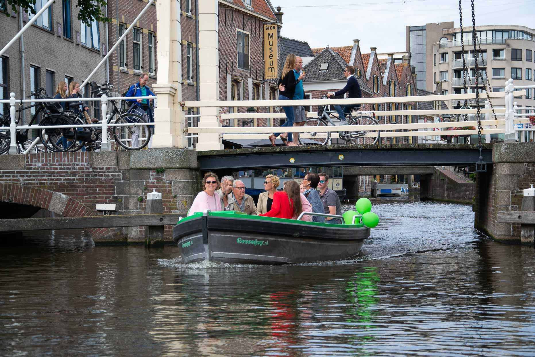 Enjoy the canals of Alkmaar